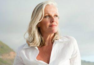 В каком возрасте начинается климакс и отдалить начало менопаузы?