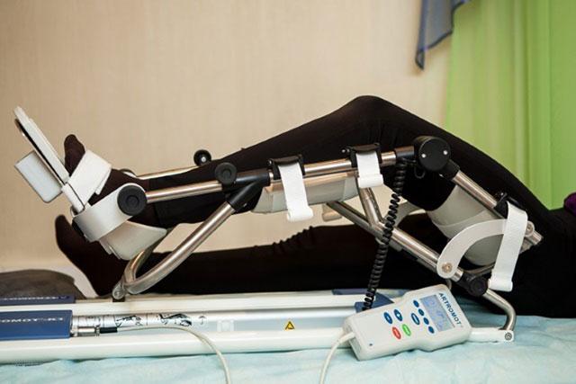 тренажер Артромот для разработки коленного сустава после эндопротезирования