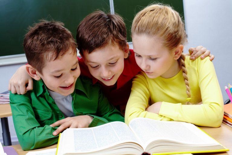 Как школьникам привить любовь к чтению