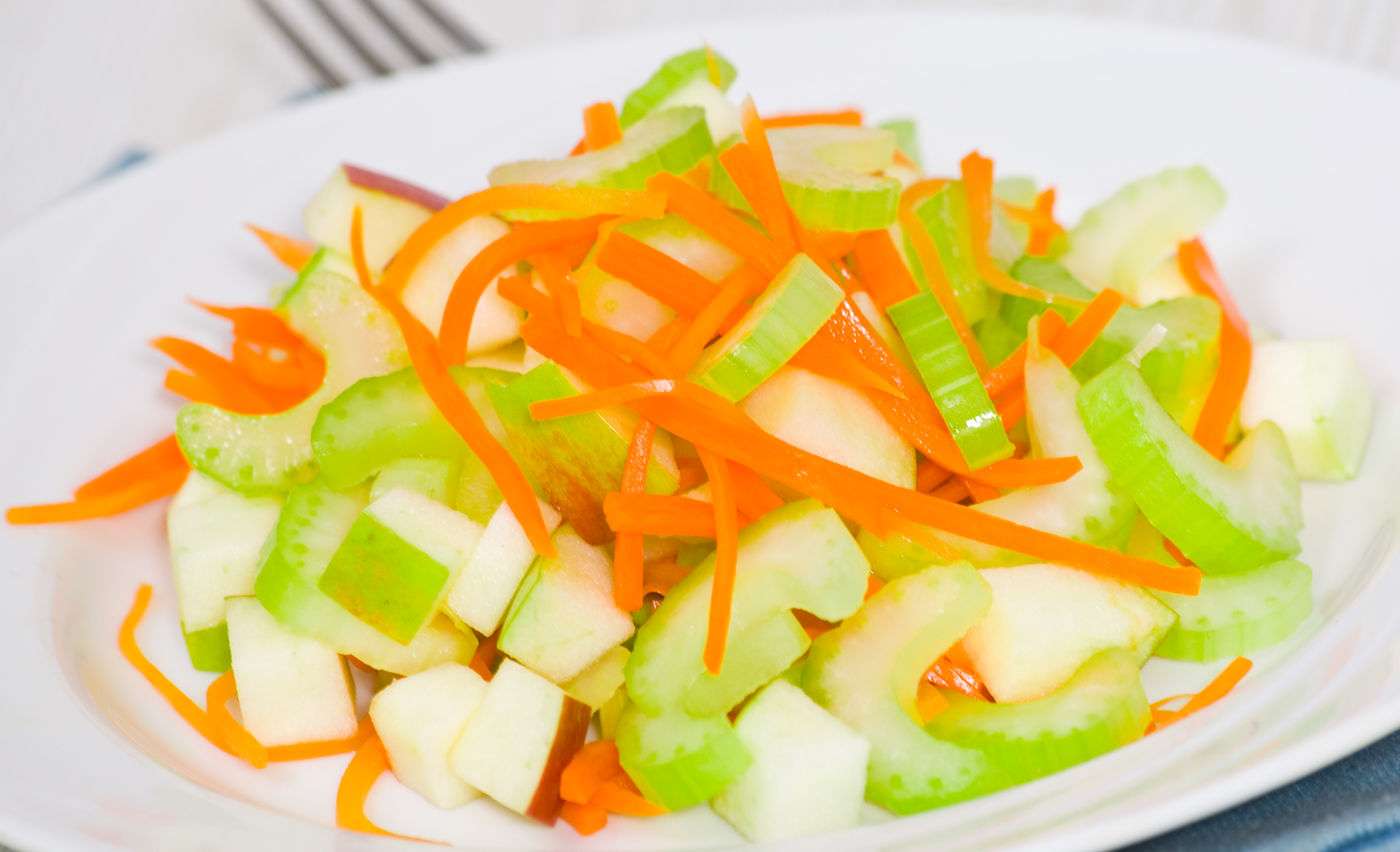 Яблоко с морковью и питание при гепатите А