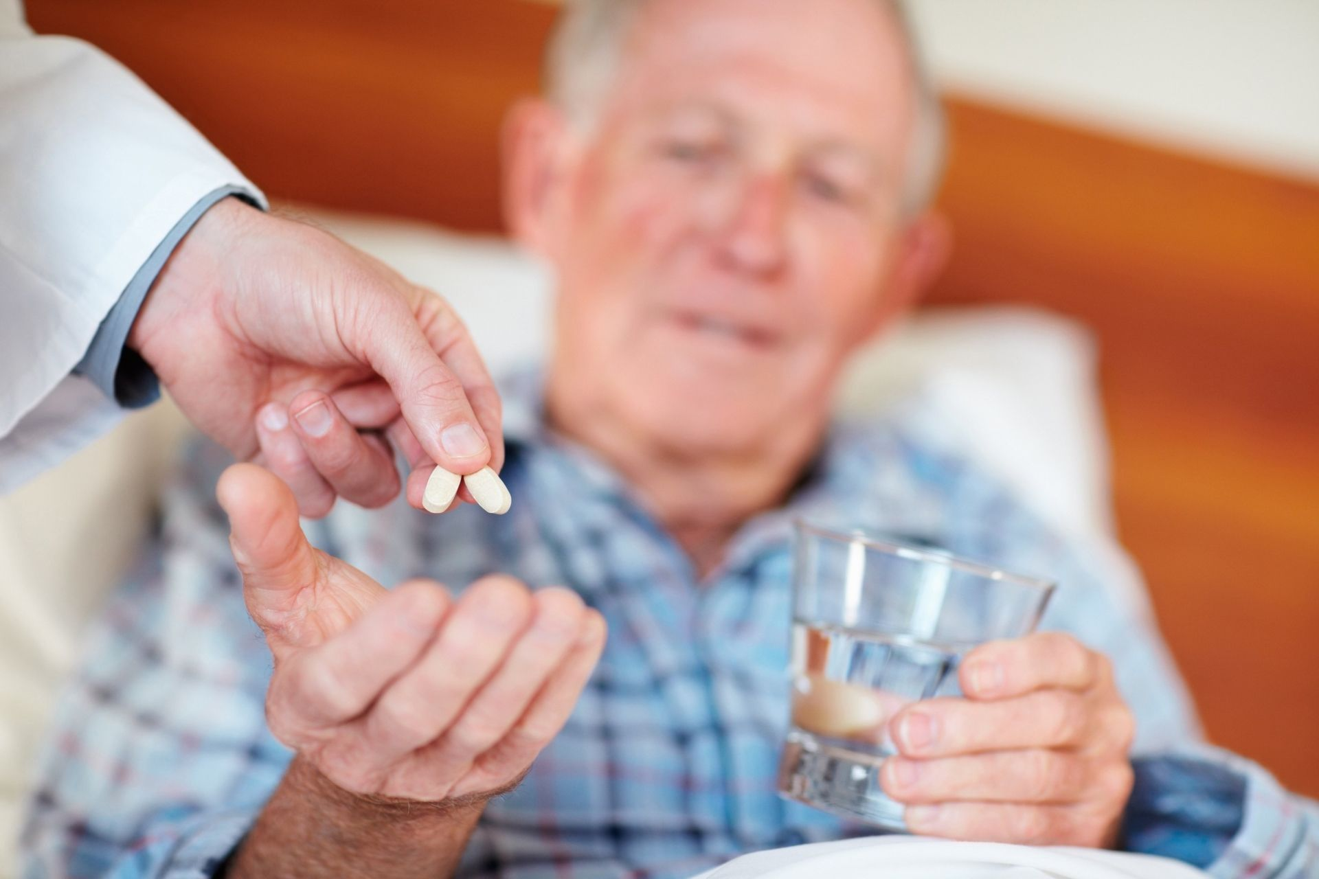 Медикаментозное лечение холангита