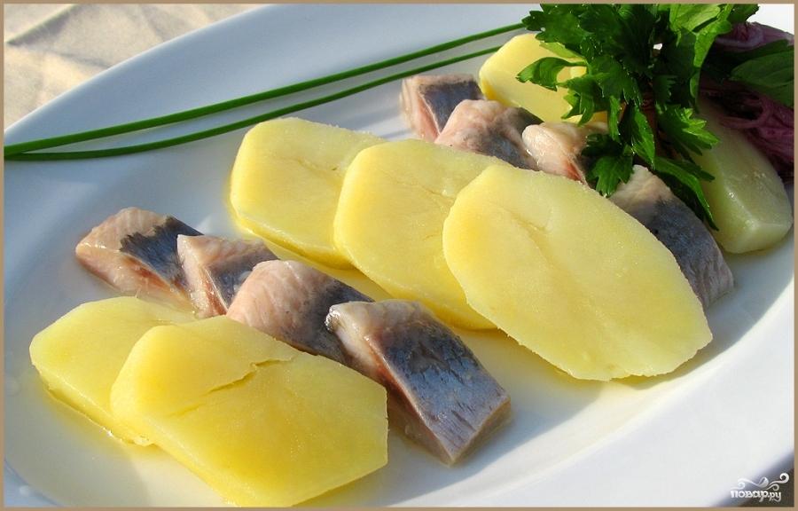 Селедка с картошкой при гепатите А