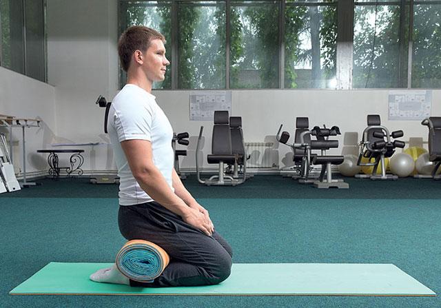 упражнение на коленях
