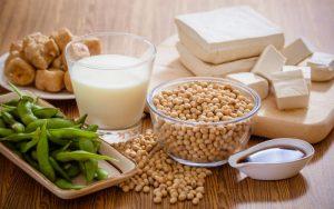Фитоэстрогены: что это, польза, вред, риски, лечение при климаксе, список продуктов, овощей, фруктов, растений и зерновых