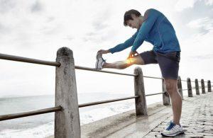 Боли в ногах: причины, виды, характер, лечение в домашних условиях, чем вызваны, нужно ли идти к врачу
