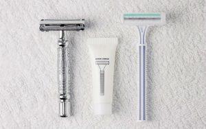 Бритвы и крем для бритья