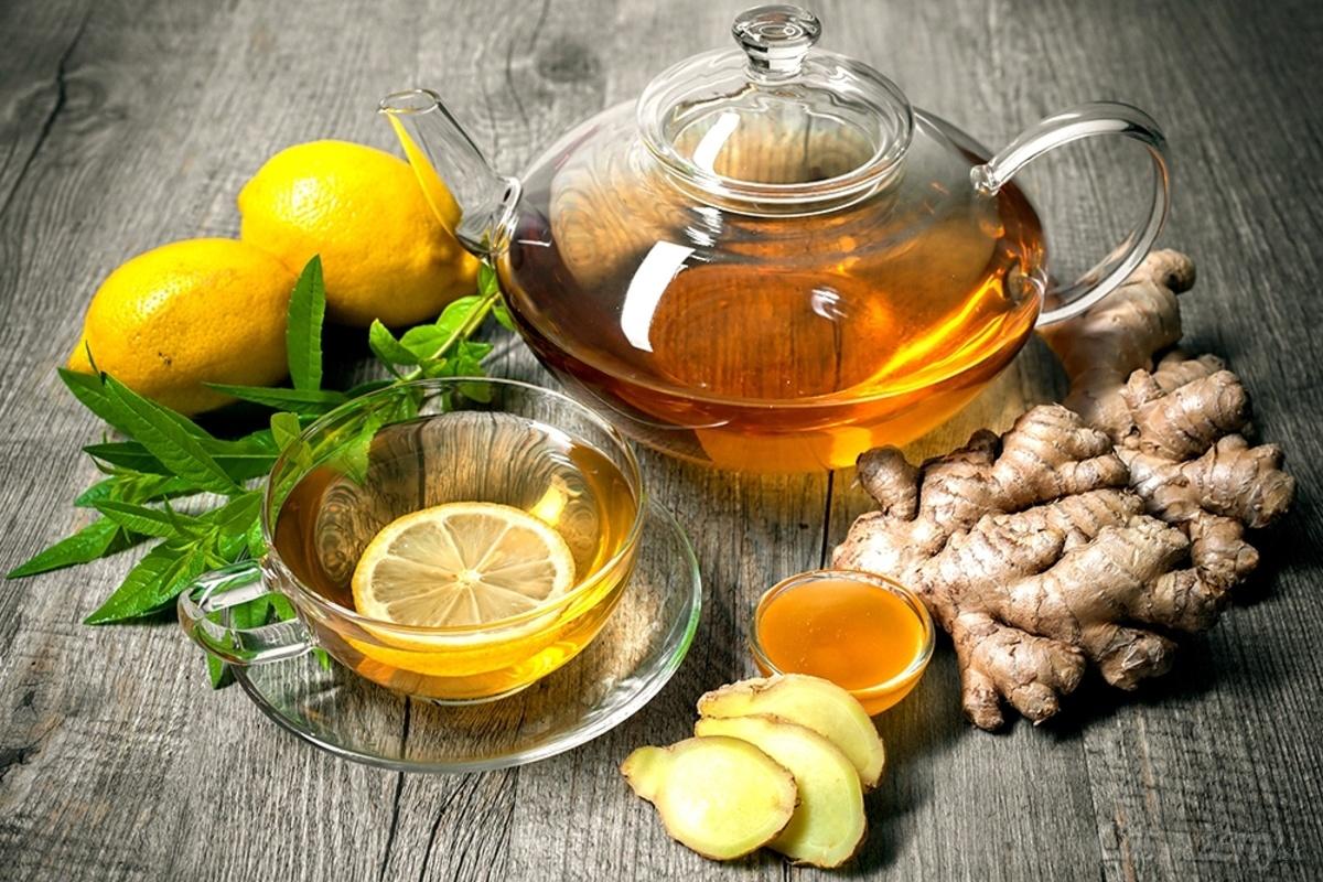 Чай с имбирем и куркумой для питания при кисте печени