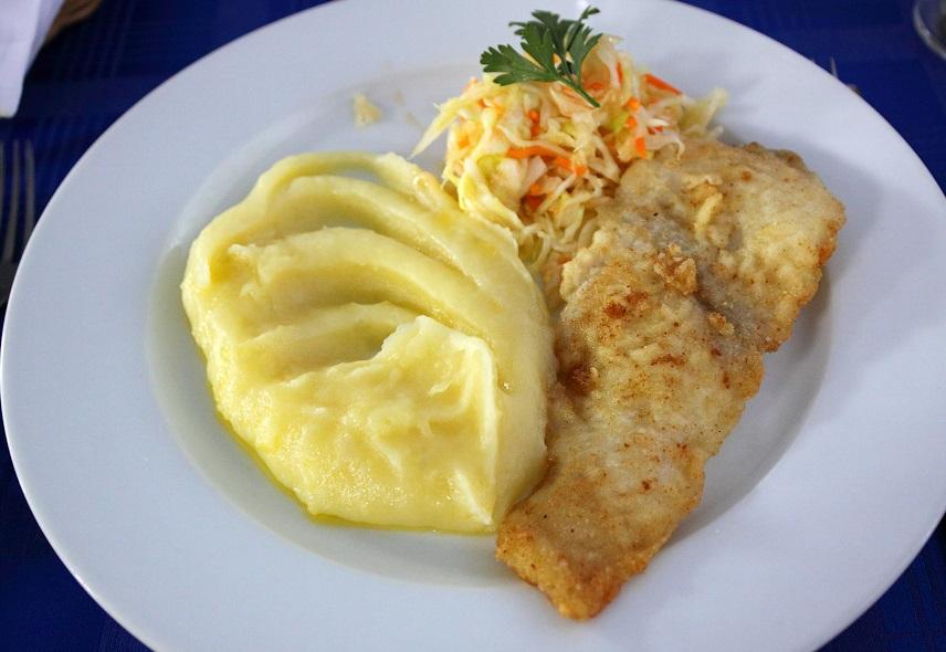 Отварная рыба для питания при желчекаменной болезни