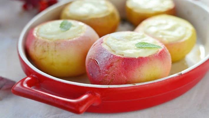 Творог запеченный в яблоках