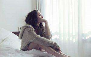 Низкий эстроген: причины, признаки, симптомы, последствия, риски, лечение