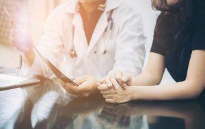 Беседа пациента и врача